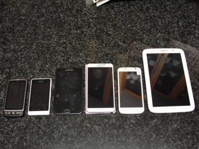 (LEFT to RIGHT) HTC Desire, Sony Xperia E, Samsung Note 1 (N7000), Samsung Note 3 (N9005), Nexa Vega N4, Samsung Note 8.0