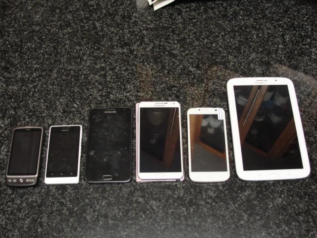 (LEFT to RIGHT) HTC Desire, Sony Xperia E, Samsung Note 1 (N7000), Samsung Note 3 (N9005), Nexa Vega N4, Samsung Note 8.0