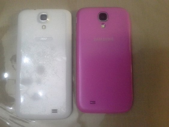 Nexa N4 on the LEFT. Samsung S4 on RIGHT